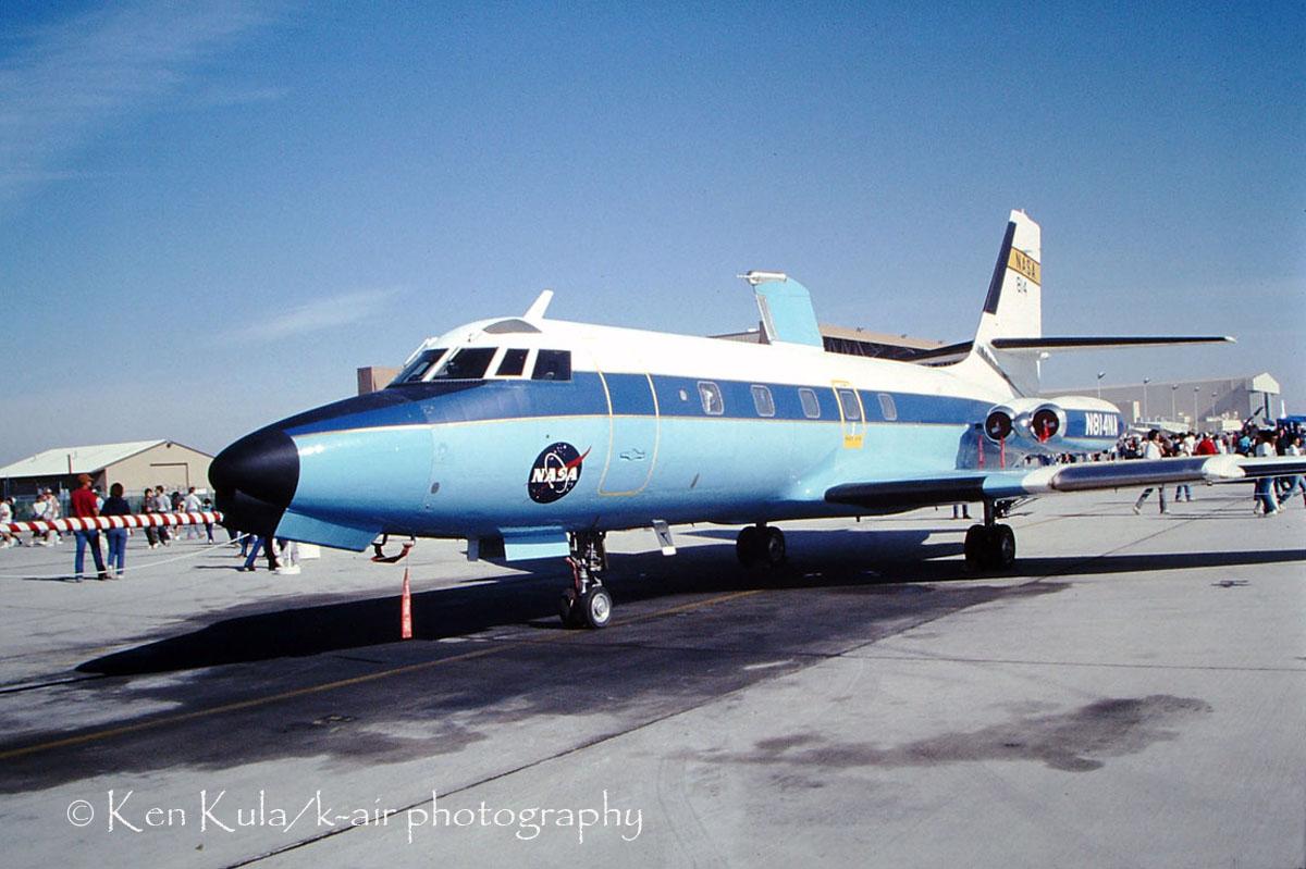 L-329 Jetstar I.jpg