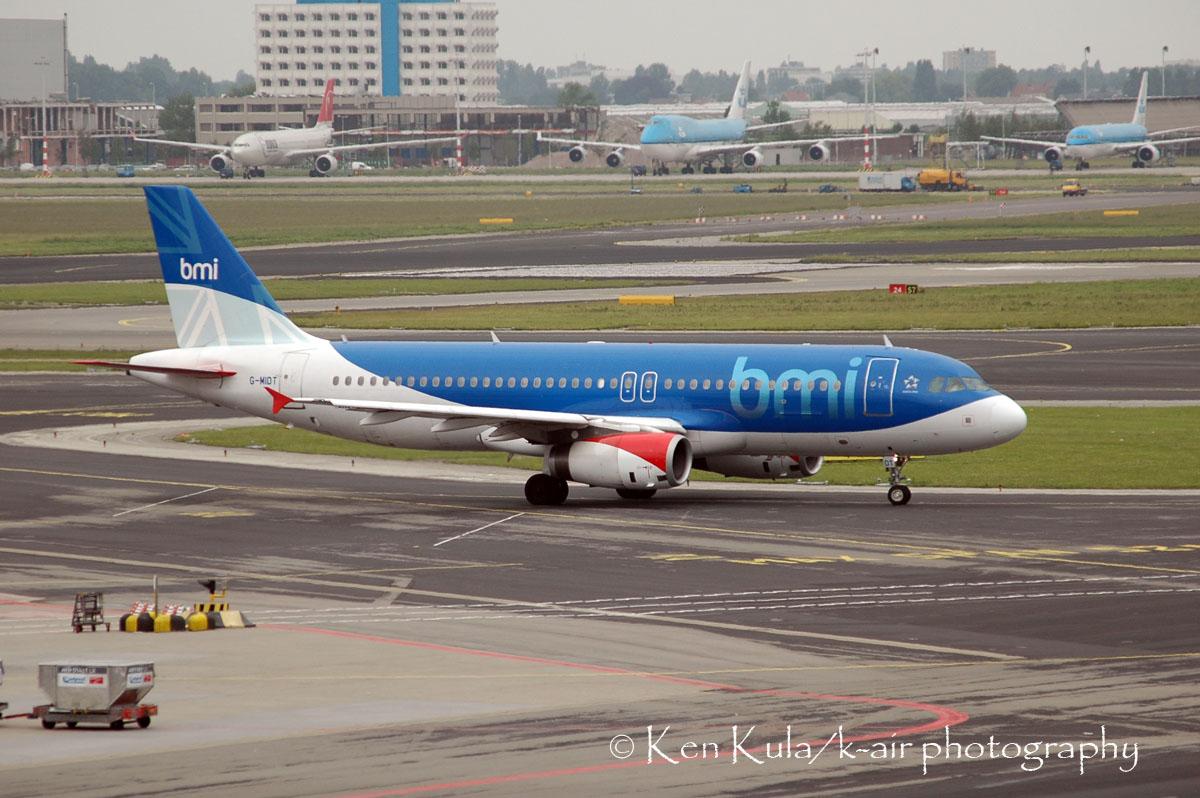 EHAM A320  BMI.jpg